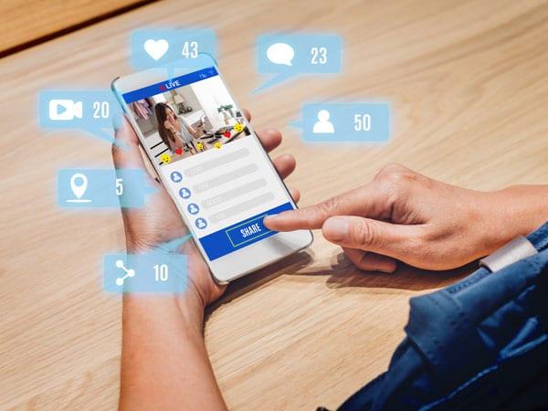 social media content, testi social, contenuti social, arvis.it